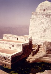 Mountain pool and tomb (Yemen)