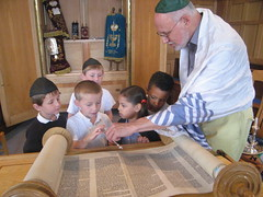 At The Synagogue (Steve Bowbrick) Tags: trip school children education religion synagogue stjohns jewish judaism hertfordshire radlett reform bushey
