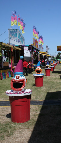 Big mouth garbage clowns