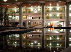 westin KDTW (I) (joojanta) Tags: reflection canon hotel airport interiors interior interieur detroit terminal powershot lobby uncropped reflexion luxury westin reflectionpool mcnamara s200 joojanta kdtw metroairport