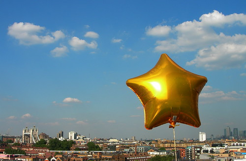 London, gold star by Lars Plougmann, on Flickr