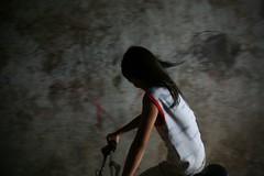 Girl on a bike in Phnom Penh, Cambodia (Eric Lafforgue) Tags: woman girl bicycle female pen asia cambodge cambodia kambodscha khmer khmers ride femme phnompenh asie fille velo phnom indochine indochina cambodja kambodia kemboja kamboja kambodsja kambodja  camboya  kampuchea camboja cambogia  lafforgue kambodzsa ericlafforgue lafforguemaccom mytripsmypics  ericlafforgue kamboda  kamboo   kamboya jinpzhi  wwwericlafforguecom kamboda  caomin kamboiy kambodiya