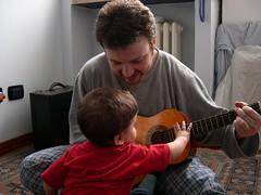 DSCN3651 (blognotes) Tags: tommaso chitarra 200503 gianluca