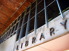 Library, James Cook University, Townsville - by Dey