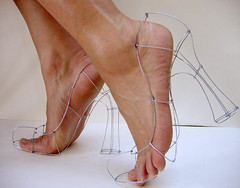 Wire Sculpture: Wireframe Heels (polyscene) Tags: door red sculpture art feet 3d high wire topf75 shoes toes gallery frame polly heels poly wireframe verity wiresculpture wireart polyscene pollyverity