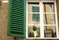 boire et  manger ... (couleurs gm) Tags: italy food reflection green window interestingness italia bottles ham drinks 200v fentre reflets italie couleursgm