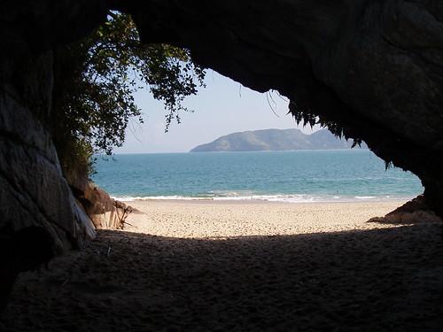 Gruta na Praia 221719699_ccb3ca2a03