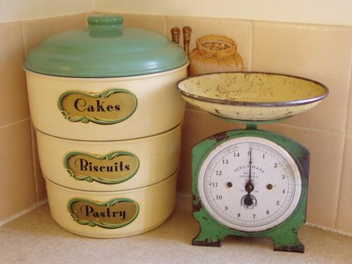 vintage kitchen things