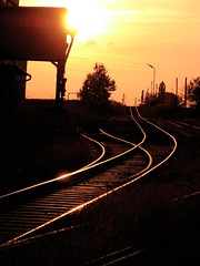journey (Dan65) Tags: railroad sunset sky tracks rail railway journey bb obb weinviertel auersthal