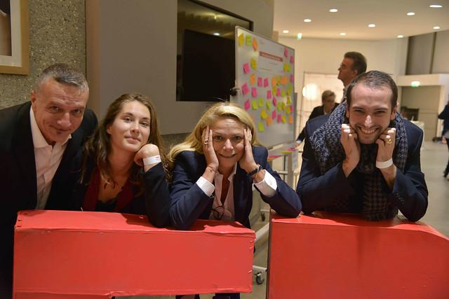 2016-11-23 - TEDxIssy-06 - Bénévoles (18h40m54)