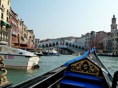 Gondola Ponte Rialto Venice Venezia Italy (roli_b) Tags: italien bridge venice italy italia ponte brücke venezia venedig rialto ponterialto rialtobrücke condola