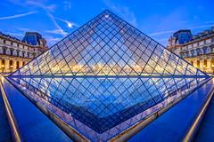 Version II, La Pyramide du Louvre, Paris, France 2016 (Baloulumix) Tags: 2016 baloulumix france julienfourniol louvre musée paris pyramidedulouvre