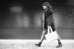 shopping queen (gato-gato-gato) Tags: 35mm asph ch iso400 ilford ls600 leica leicamp leicasummiluxm35mmf14 mp mechanicalperfection messsucher noritsu noritsuls600 schweiz strasse street streetphotographer streetphotography streettogs suisse summilux svizzera switzerland wetzlar zueri zuerich zurigo z¸rich analog analogphotography aspherical believeinfilm black classic film filmisnotdead filmphotography flickr gatogatogato gatogatogatoch homedeveloped manual rangefinder streetphoto streetpic tobiasgaulkech white wwwgatogatogatoch zürich manualfocus manuellerfokus manualmode schwarz weiss bw blanco negro monochrom monochrome blanc noir strase onthestreets mensch person human pedestrian fussgänger fusgänger passant