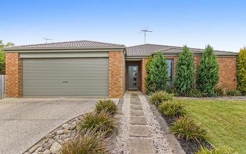 32 Wingarra Drive, Grovedale VIC