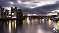 Newcastle 27/12/2016 (paulwillis1973) Tags: newcastle night tyne sage baltic millenium bridge north east river water sky