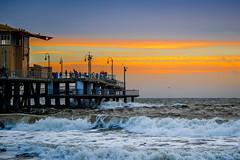A Pier and Sunset (Hanna Tor) Tags: outdoor landscape nature ocean sea sun sunset pier santamonica calfornia beach shore wave