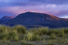 Northern slopes of the Cadair Idris range (Marcin Liberacki) Tags: slopes mountain light sunset sky grass range wales cadairidris