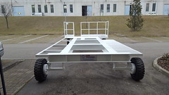 CARRELLI SEMOVENTI PER L'INDUSTRIA - TRAILERS FOR INDUSTRY