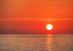 sunset (Gabriele Sesana) Tags: liguria vallecrosia tramoto sunset mare sea