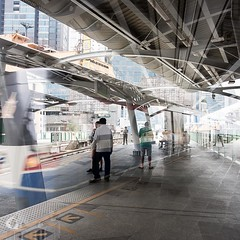 One place, different times #16. (franleru1) Tags: 1x1 bangkok thailand thailande architecture architecturecontemporaine art city conceptual geometry graphism photoderue streetphotography urbain ville