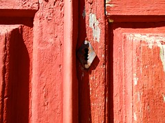 Door - Tiradentes - Minagerais - Brasil (EmmaDauv) Tags: door red summer colors brasil lock colourartaward