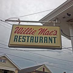 Willie Maes sign (Eddie C Morton) Tags: food chicken neworleans best soul friendly murder guns fried gangs kidnap violent corpses treme badstreets 2401stannst la70119