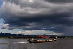Inle lake,  Myanmar  D810_1093 (tango-) Tags: burma myanmar inlelake birman birmania     lagoinlebirmania