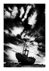 RX435 (frattonparker) Tags: sky abandoned clouds cabin raw neglected shingle dungeness mast hull carvel fishingboat derelict ashore clinker cs6 tamron1024mm nikond5000 colorefexpro4 btonner frattonparker adoberaw7