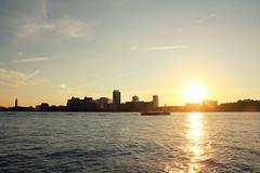 SUNSET NEW JERSEY (Pablo C.M || BANCOIMAGENES.CL) Tags: city nyc usa ny newyork manhattan ciudad hudsonriver nuevayork eeuu