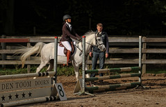 Doorn (Steenvoorde Leen - 3.4 ml views) Tags: doorn manegedentoom arreche springen jumping horses paarden fench hindernis 2015 manege halloween happyhalloween horse pferd reiten paard pferde haloween utrechtseheuvelrug cheval