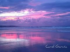 El adiós del día (Carol Chumbea) Tags: mar playa paisaje atardeceres ocasos playadelascatedrales