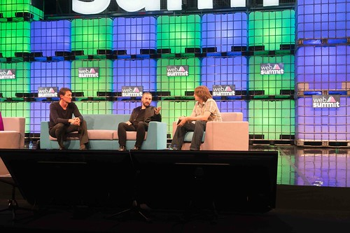 THE WEB SUMMIT DAY TWO [ IMAGES AT RANDOM ]-109840