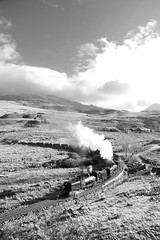 WHR 39211bw (kgvuk) Tags: trains locomotive railways 87 steamtrain steamlocomotive 138 rhydddu garratt welshhighlandrailway narrowgaugerailway whr beyergarratt ngg16 ffriddisaf 262262t