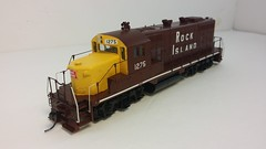 Rock Island - Bachmann HO Scale - GP7 #1275 (Maroon & Yellow) - Conductor Front 3-4 Overhead (dcmkris) Tags: bachmann rockisland hoscale gp7 custompainted kitbashed superdetailed maroonyellow chopnose