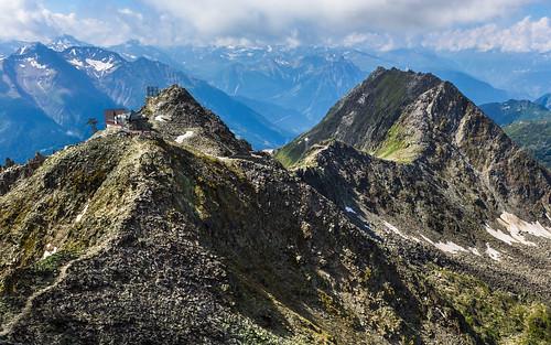 Stn. Eggishorn (2869 m), Fiescherhorli (2893 m), Bettmerhorn (2872 m)
