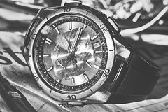 Project close #1 (whistlah50) Tags: watch clock wave ceptor black white bw dmcfz1000 panasonic time after work indoor close closeup macro
