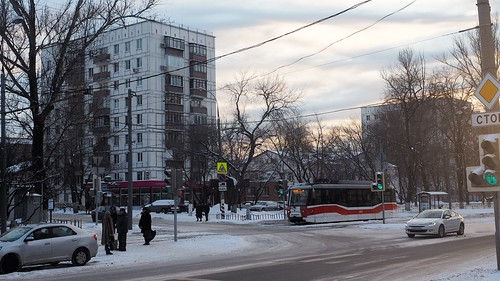 Moscow tram 4915 LM-2008 -25