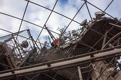 Paris: Eiffelturm (kevin.hackert) Tags: aussichtsplattform aussichtsturm eiffel eiffeltower eiffelturm eisenfachwerkturm fr fernsehturm france frankreich französisch hauptstadt latoureiffel paris restaurant wahrzeichen weltausstellung paris7earrondissement îledefrance