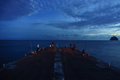 pêcheur de nuit (Davide Gherdevich) Tags: martinica mare sea caribe caribbean caraibi pêche sunset fish