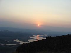 Залез над Родопите - крепост Моняк (vladiyordanov) Tags: родопи залез моняк крепост