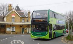 Southern Vectis 1595 - HF64BSV (Southern England Bus Scene) Tags: svoc southernvectis gsc gosouthcoast shanklin iow vectis 1595 hf64bsv
