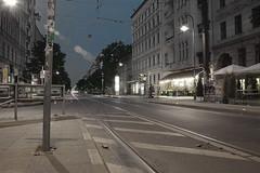 (katzus) Tags: morning berlin dawn tram sonnenaufgang morgen haltestelle kastanienallee strasenbahn