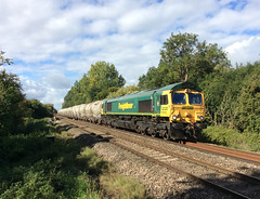 66620 Reading (Gridboy56) Tags: railroad train hope reading gm shed trains locomotive berkshire railways locomotives freightliner class66 emd theale railfreight 6m91 66620