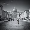 Le Vatican en Vespa (Littlepois Photographie) Tags: street blackandwhite bw italy vatican rome roma nikon italia vespa scooter nb palais italie carré basilique d4 basiliquesaintpierre lr4 littlepois nikon2470f28 silverefexpro