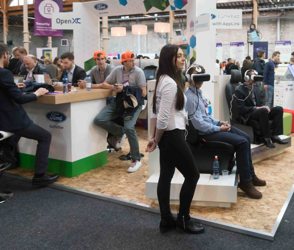 THE WEB SUMMIT DAY TWO [ IMAGES AT RANDOM ]-109879
