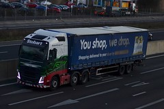 Stobart H4953 KP63 JKF Jacqui A1 Washington Services 19/11/15 (CraigPatrick24) Tags: road jacqui truck volvo washington cab transport tesco lorry delivery vehicle a1 trailer logistics stobart eddiestobart curtainsider volvofh stobartgroup washingtonservices h4953 kp63jkf tescocurtainsider