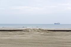 (Arthur van Beveren) Tags: beach strand island coast wadden waddeneiland change ameland climate friesland buren rijkswaterstaat zand eiland klimaatveranderingen kustverdediging