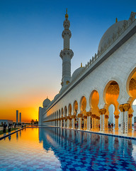 For all (Valter Patrial) Tags: sunset abudhabi emirates emiradosárabesunidos mosque blue reflex