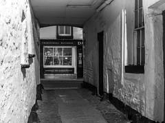 IMG_6172.jpg (garycarter5) Tags: night backstreet alleyway alley ginnel kirkby lonsdale