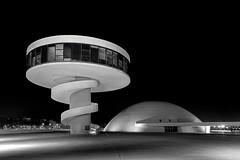Aviles_Niemeyer_III